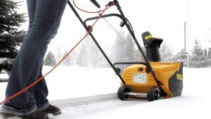 Преимущества использования электрического снегоуборщика