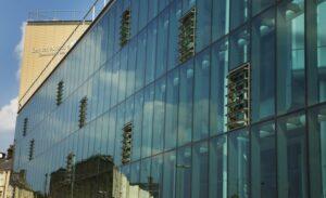 Преимущества структурного остекления фасадов