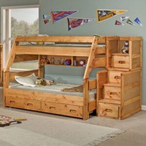 Преимущества двухъярусной кровати из массива дерева